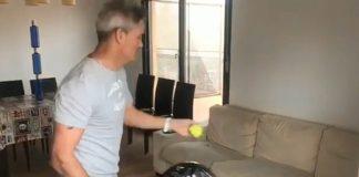 Miguel Lamperti nos enseña un truco de pádel en casa